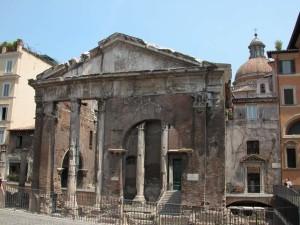 portico d'ottavia Itinerari spettrali, la Roma dei fantasmi