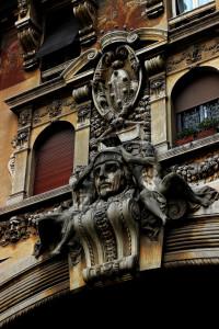Un quartiere fuori dal tempo: il Coppedé