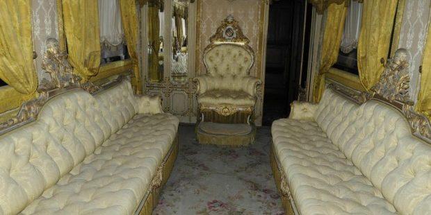 sala del teno, trono di Pio IX