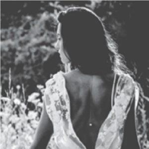 il vestito di lino bianco