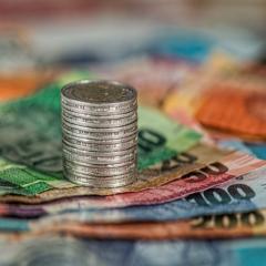 Come risparmiare denaro: una guida semplice ma efficace