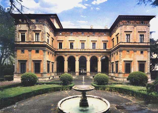 Villa Farnesina: il Rinascimento a Trastevere