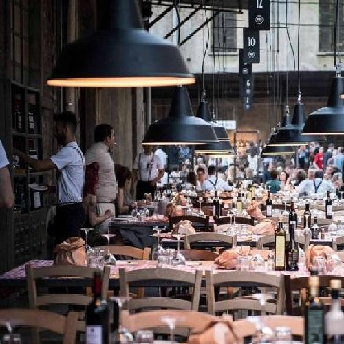 SPIRIT DE MILAN: Il locale dal sapore vintage con tanta musica dal vivo