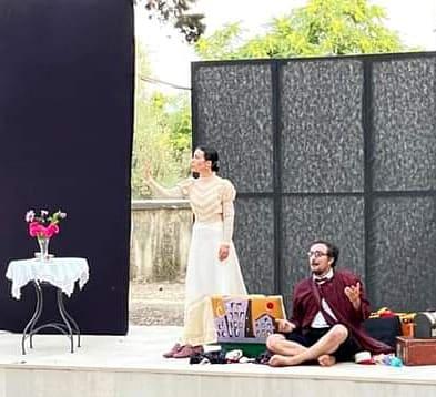 """Federica Gumina e Monsieur David con """"La dans du pied. Apriti alla gioia"""" vincono il premio come Miglior Spettacolo al Trani Teatro Clown Festival Internazionale"""